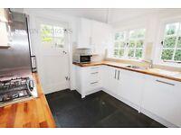 3 bedroom house in Brentham Way, Ealing, W5