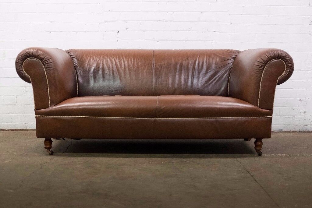 FABULOUS ANTIQUE VINTAGE BROWN LEATHER TWO SEATER CHESTERFIELD SOFA