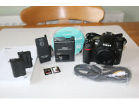 Nikon D7000 Bundle - Fantastic Condition