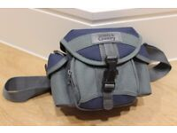 CAMERA CASE with STRAPS - made by TOWN & COUNTRY