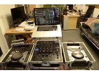 Pioneer DJM 800, CDJ 400, Traktor Pro 2 Bundle, Macbook Pro, Audio8 DJ soundcard & cases