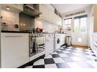 Spacious three bedroom, GATED MEWS WITH GARDEN, De Beauvoir Town