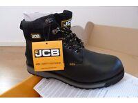Brand new PPE Set inc. JCB Boots (6) & Rockwear Trousers (32s)