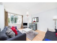 Nightingale Lane- SW12 - 3 Double bedroom flat within a minutes walk to Clapham South Tube Station