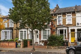 one double bedroom flat on Brooke road in Stoke Newington. N16 Call Robert Now on 02037731221
