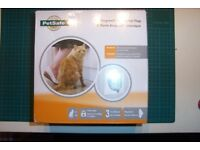 PetSafe Staywell Classic Manual 4-Way Locking Cat Flap, Fits doors, windows, brick walls.