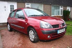 Very smart Renault Clio automatic low mileage and in excellent condition. In family from new.