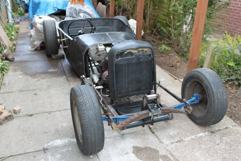 Rat Rod - Hot Rod - Flathead V8 - 32 Deuce Coupe - Ford Pilot V8 ...