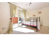 *ALL BILLS INCLUDED* A one double bedroom garden flat, located on North End Road.