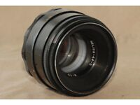 Helios-44-2 58mm f./ 2 M42 Lens