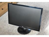 "LG Flatron W2242S 22"" monitor - Good Condition"