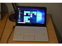 Sony Ultrabook SVE1111M1EW AMD 1.7Ghz / 6GB / 128GB SSD / Radeon / Windows 10