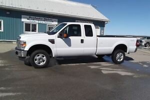 2010 Ford F-350 XLT,DIESEL,4X4,SUPER CAB, ONLY 92000 KM'S!!