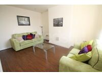 **ATTENTION ALL PROFESSIONALS & MATURE STUDENTS* SPACIOUS DOUBLE ROOMS FOR LET-SHORT & LONG TERM