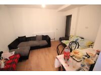 2 Bedroom Recently refurbished Apartment with Garden