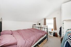 Wonderful one bed, top floor property - moments away from Clapham North station!!