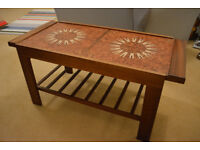 Tiled extendable coffee table 1970s