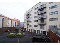 PARKING AVAILABLE Two Bed Modern Apartment Available To Rent/Call 07449766908 To Arrange A Viewing!