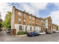 This light & bright one bedroom raised ground floor flat is set in a lovely end of terrace period pr