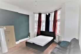 Double Bedroom In Lewisham