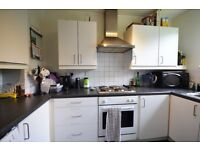 Recently redecorated two bedroom ground floor apartment Rowlands Close, Mill Hill