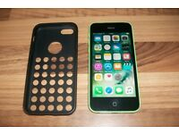 £70 iphone 5c green 100% working locked to 02 / giffgaff pick up from my home in chatham £70