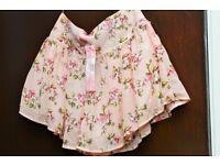 LIPSY (London) - Vintage Floral Culot - Size 12