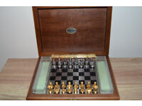 Carte Dal Negro - gold and silver colored magnetic chess game