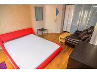 MASSIVE ROOM IDEAL FOR COUPLES ALL BILLS INCLUDED!