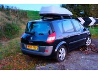 FREE MOT + Tax 03 Black Scenic, Roof storage, full serviced Family car! 70k miles