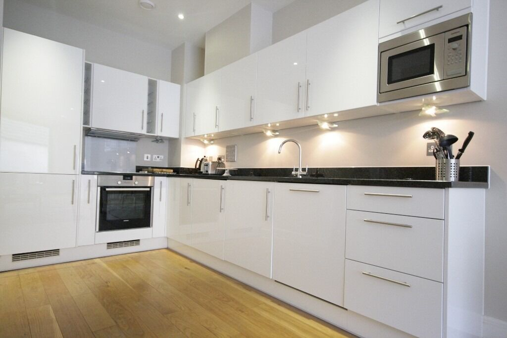 Stunning New Build Apartment Offered Fully Furnished And Available Immediately!