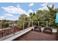 A STUNNING 3 DOUBLE BEDROOM FLAT TO RENT. THE PROPERTY IS LOCATED MOMENTS FROM HIGHGATE TUBE