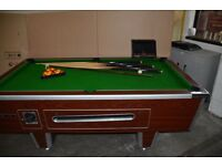 POOL TABLE VERY GOOD CONDITION