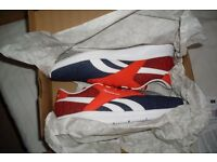 Reebok EC Ride Mens Size 9 Trainers Blue Red White Ultra light memory foam jogging running shoes