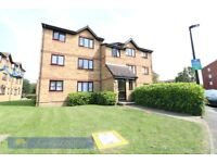 Studio with Separate Sleeping Area in Chaffinch Close N9