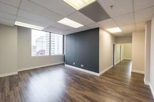 Turn Key Medical or Office Space for Lease Downtown Hamilton!