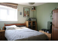 Doube bedroom available in Kemptown sea view flat £525pm