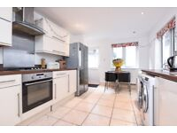 Well presented and bright four double bedroom Victorian house to rent on Mossbury Road.