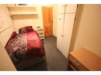 SINGLE room in OVAL, REAL PICS!