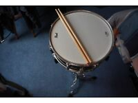 Pearl 14 inch snare drum