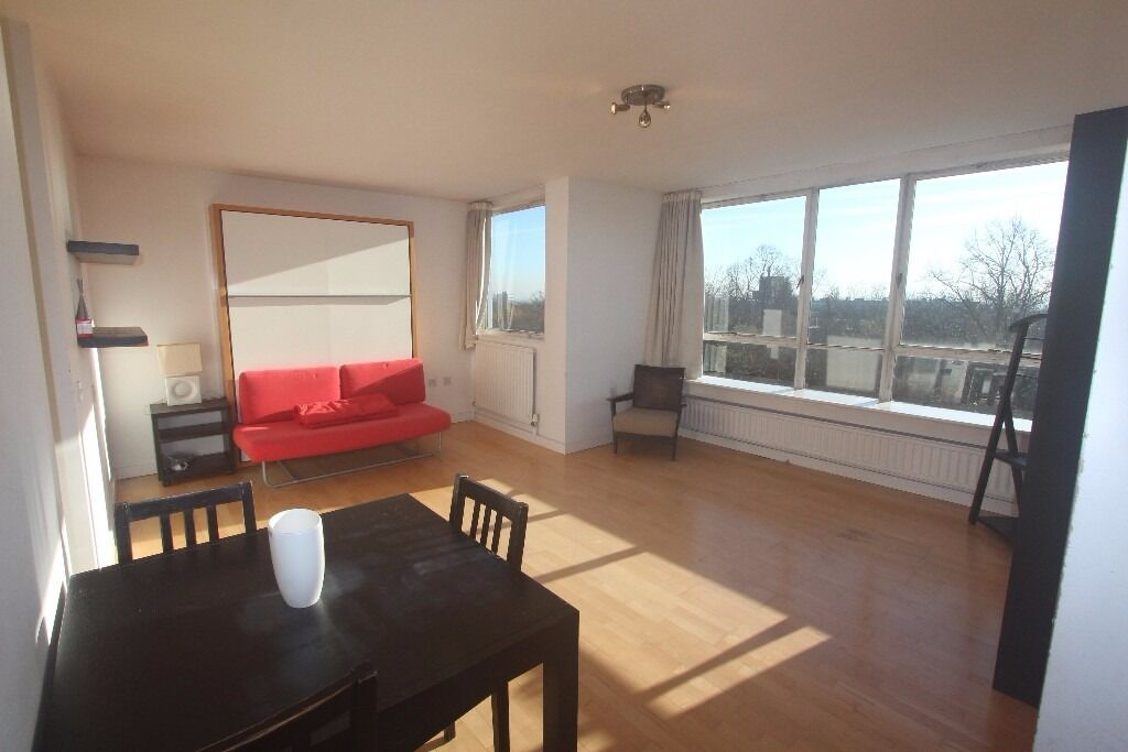 HIGHGATE -Spacious 9th Floor, Bright, Furnished Double STUDIO Flat with Gym, Gas+Hot Water Inclu -N6