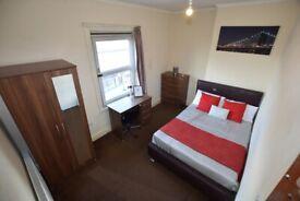 LOVELY DOUBLE ROOM - B63 - HALESOWEN - Room 3
