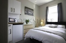 ROOM TO RENT AT 106 Beckett Road WITH EN SUITE AND WIFI!!!!!!!!