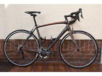 Specialized Roubaix SL4 Expert 2015 Road Bike. Excellent Condition