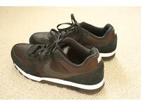 Nike MD Runner 2 - UK size 7 (EU 41 / US 9.5)