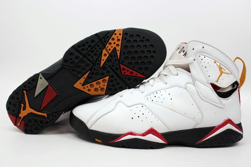 michael jordan wore these shoes during the 1992 olympics where he and other us basketball dream team members won a gold medal this shoe which features - Colorful Jordan Shoes