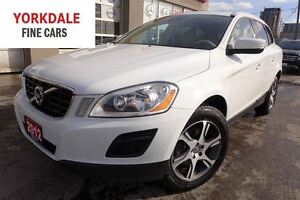 2012 Volvo XC60 T6. AWD. Panoramic. Leather. Roof. Clean