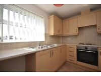 Good size 3 bedroom flat in East Ham part dss acceptable with guarantor