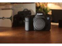 Canon EOS 6D MINT + accessories + 4 batteries (only 3k shutter count)