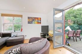 A fantastic two double bedroom with terrace in Camden Town
